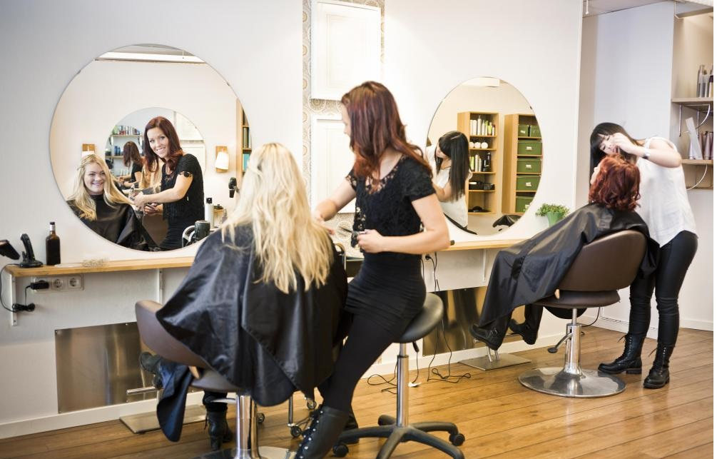 Professional Stylists And Their Commercial Services